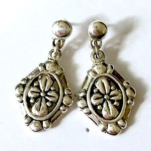 Silver floral design dangle earrings